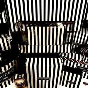 HENRI BENDEL❤️🌟 CENTENNIAL🌟TRAVEL BAG DUO💕🌸